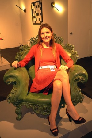 There she is again on a nice Mendini bronze chair