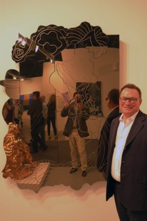 Here's a William Copley mirror with a man and woman, Jeff Koons ripoff!! Oops, you say Copley did it first? And that's why Paul Kasmin is smiling, he knows.