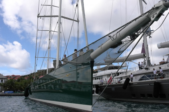 This is the brand new Baltic Yachts built, Hetairos, measuring 66.7 meters (219 feet). With her bowsprit, she is one fast sailing yacht. Her naval-architecture team of Dykstra & Partners Naval Architects, along with the stylists of Reichel Pugh Yacht Design, have created the coolest and fastest boat in the world today. But she went aground trying to pass another boat and smashed her brand new titanium keel, hahahahaha…