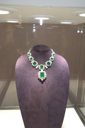 Beautiful emerald necklace fit for a queen, and probably headed to the Middle East.