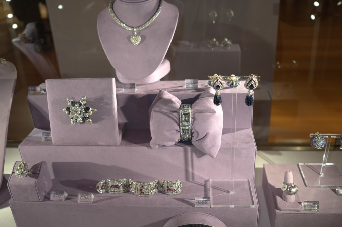 This is the Palm Beach/Hollywood gaudy Van Cleef and David Webb stuff that's so way, way over the top. I love this stuff, it's so OUT of fashion that's it is the epitome of outrageous Good/Bad taste.