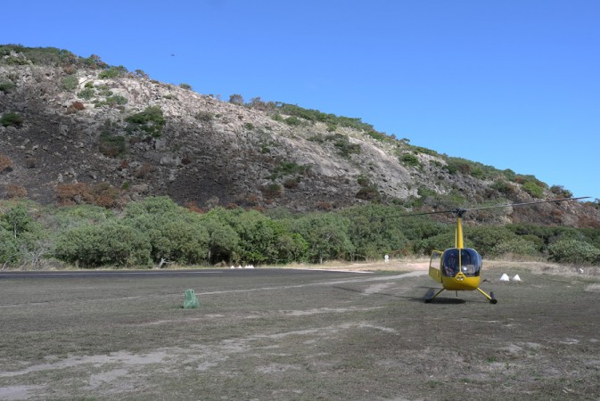 We've landed on Lizard Island, inside the great barrier Reef, let's fly around and have a look