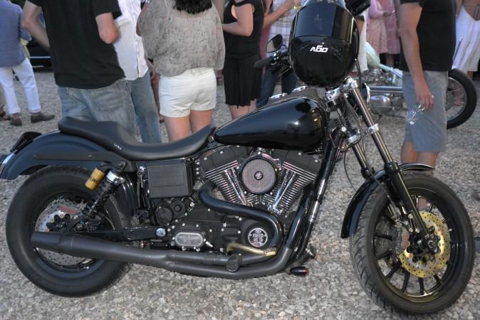 Wes Lang's rad '03 Dyna custom, he let me ride it, badass…